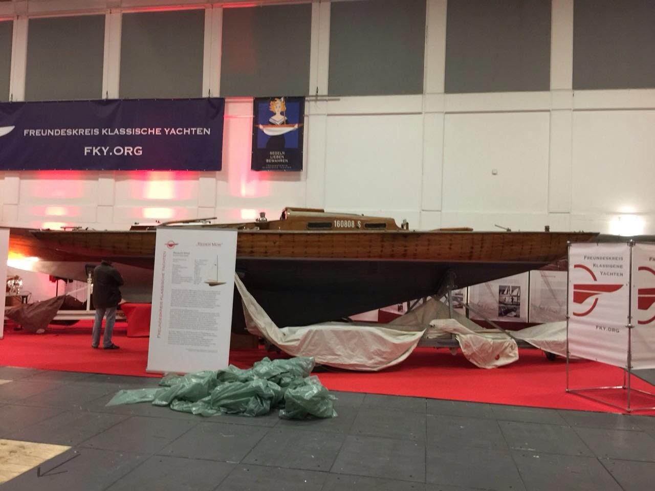 Le Requin présenté au salon nautique de Berlin à l'occasion de son 85e anniversaire !